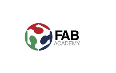 Projetos finais dos alunos da Fab Academy